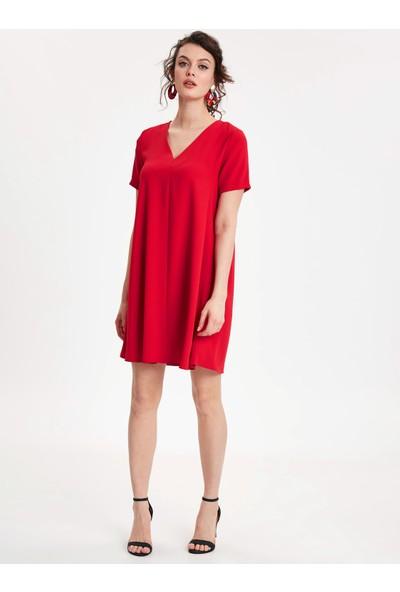 37a67c94013b1 Şık Elbise Modelleri 2019 & İndirimli Bayan Elbise Fiyatları - Sayfa 8