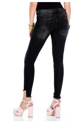 Cipo&Baxx WD341 Metal İşlemeli Paçası Sökük Siyah Bayan Jeans