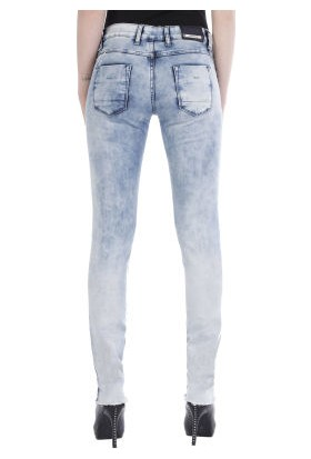 Cipo&Baxx WD220 Eskitilmiş Mavi Hafif Yırtık Bayan Kot Pantolon