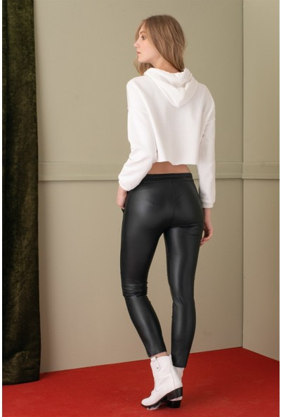 Livanomi Kısa Beyaz Sweatshirt