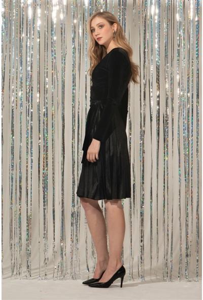 Livanomi Kruvaze Siyah Kadife Elbise