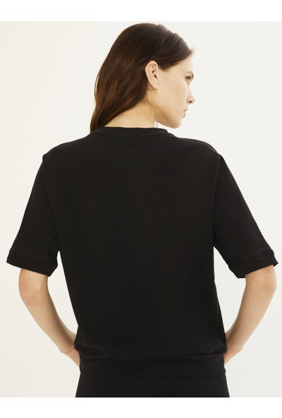 Xint Kadın Yuvarlak Yaka Kuş Gözü Detaylı Sweatshirt