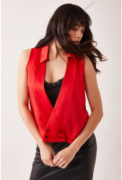 Lafaba Kadın Kırmızı Yakası Dantelli Kolsuz Bluz