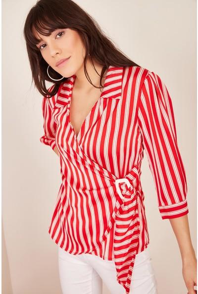 Lafaba Kadın Kırmızı Yanı Tokalı Çizgili Bluz