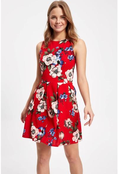 Defacto Kadın Çiçek Desenli Kolsuz Mini Elbise