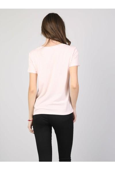Colin's Kadın T-Shirt