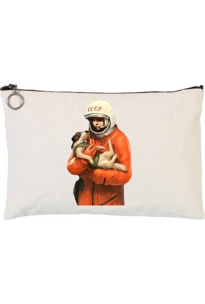 Art T-Shirt Gagarin Astarlı Bez Tablet Ve Makyaj Çantası