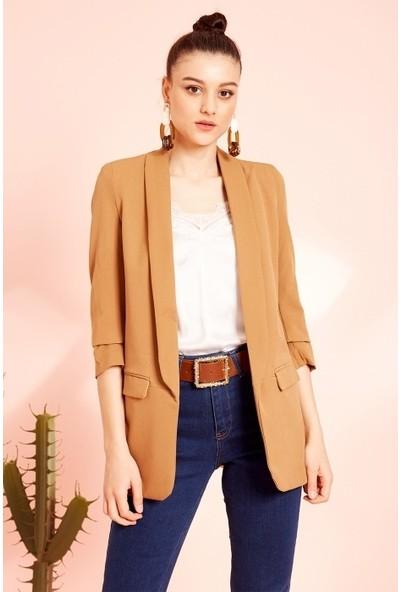 Freestar Kolu Büzgülü Çift Cep Blazer Ceket