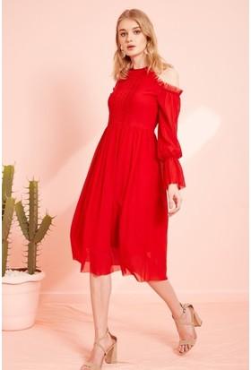93ec4c974d617 ... Eka Omuzu Açık Tül Elbise-Kırmızı ...