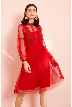 4ae54c39415bc ... Eka Beli Lastikli Dantelli Elbise-Kırmızı ...