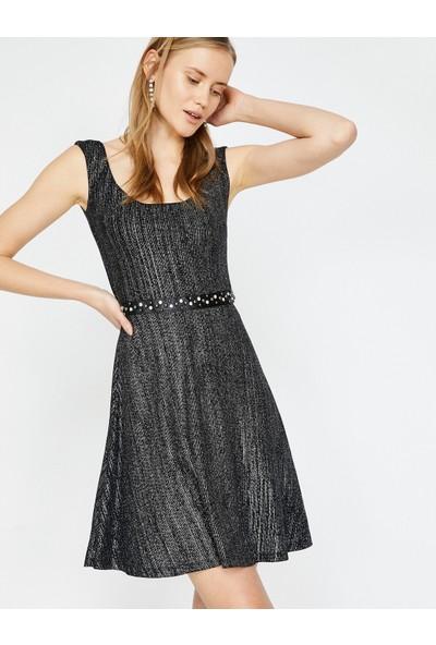 Koton Zımba Detaylı Elbise