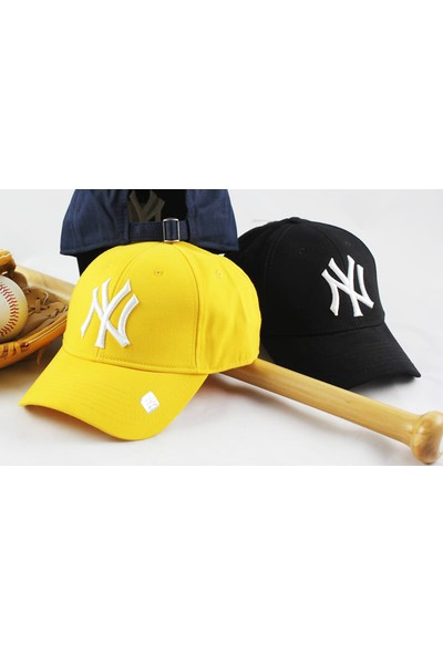Capstories Ny Beyaz Logolu Siyah Snapback Şapka