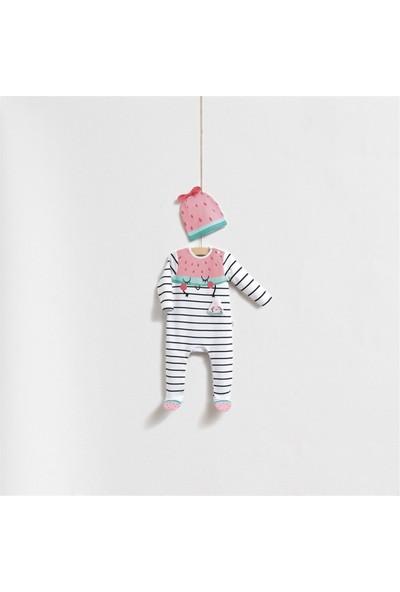 Wogi Baby Sevimli Çilek Figürlü Şapkalı Tulum Set 5268