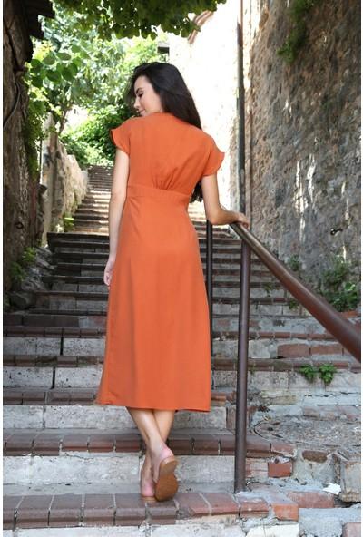 Her Mod'a Bir Moda Düğmeli Keten Elbise