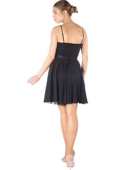Carmen Siyah Saten Garnili Kısa Abiye Elbise