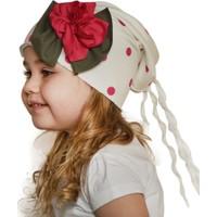 Babygiz Beyaz Üstüne Fuşya Puantiyeli Fuşya Çiçek Aksesuarlı Püskül Detaylı Şapka