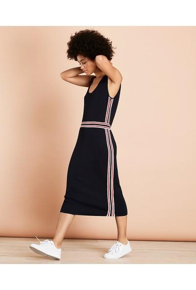 Brooks Brothers Kolsuz V Yaka Uzun Triko Elbise