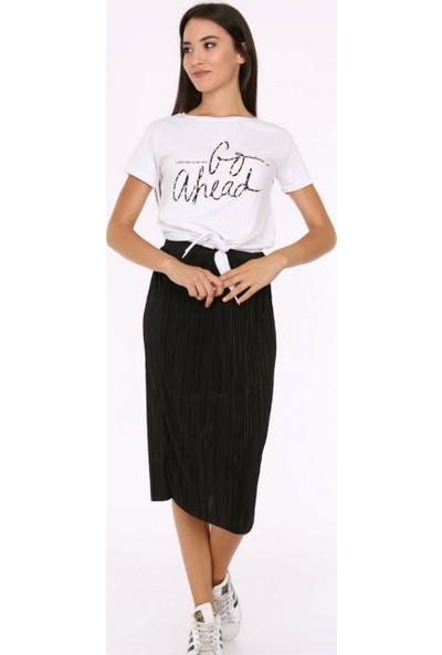 Her Mod'A Bir Moda Kadın Önden Bağlamalı T-Shirt