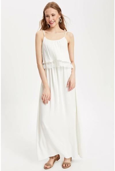 Defacto Kadın Dantel Detaylı Askılı Uzun Elbise