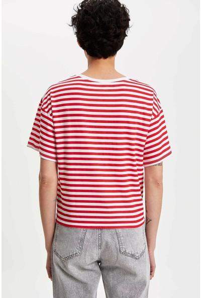 Defacto Kadın Mickey Mouse Baskılı Lisanslı T-Shirt