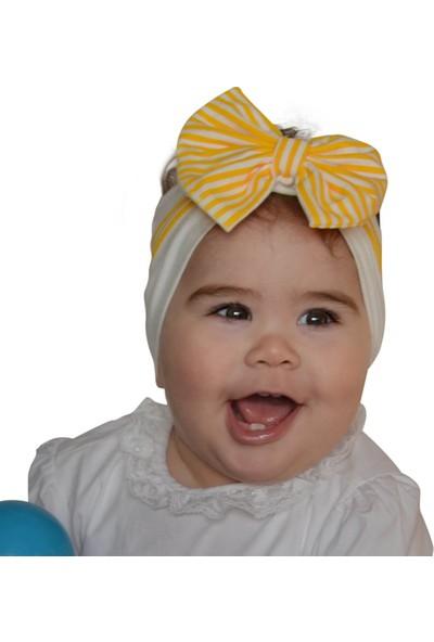 Babygiz Beyaz Üstüne Sarı Beyaz Çizgili Fiyonk Detaylı Bandana