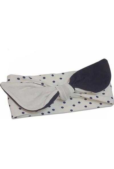 Babygiz Beyaz Üzerine Lacivert Puantiye Desenli Fiyonk Detaylı Bandana
