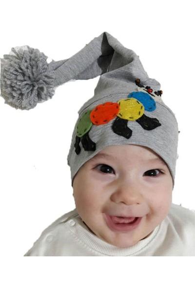 Babygiz Gri Üstüne Renkli Tırtıl Detaylı Ponpon Aksesuarlı Bere