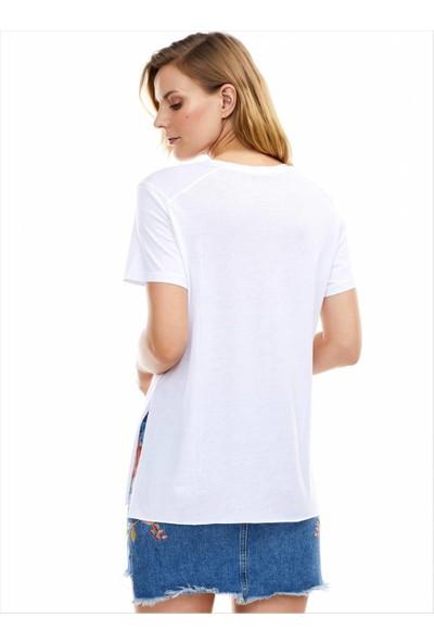 Ayyıldız Kadın 59507 Kısa Kollu Yırtmaçlı Tunik Beyaz