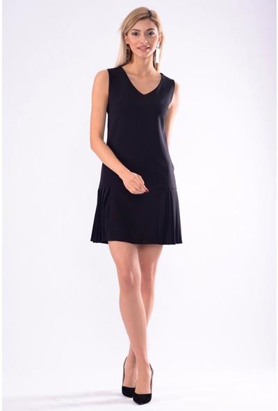 İroni V Yaka Kolsuz Pileli Elbise - 5246-891 Siyah