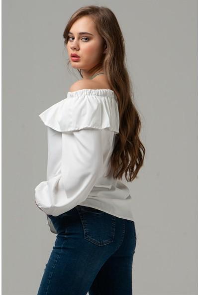 Livanomi Kadın Kayık Yaka Fırfırlı Ekru Bluz