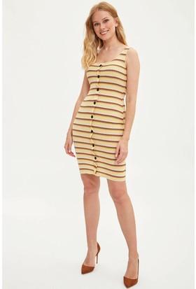 33ded3fb4d1cf Defacto Kadın Düğmeli Çizgili Elbise Defacto Kadın Düğmeli Çizgili Elbise  ...