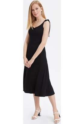 1db5af1eacadf 2019 Mezuniyet Elbiseleri ve Modelleri & Kombinleri