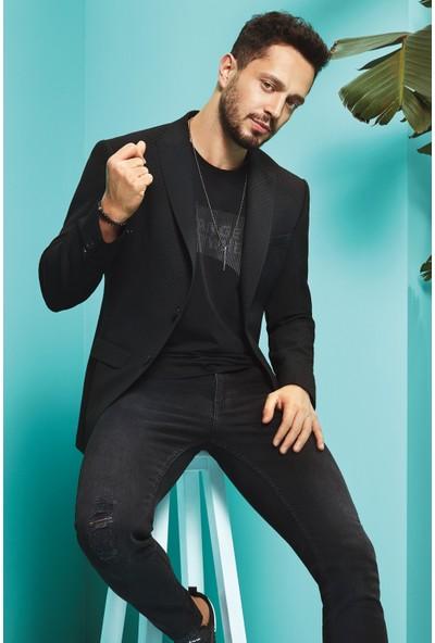 AVVA Siyah Erkek Uzun Kol Kurt Ağzı Yaka Jakarlı Slim Fit Cebi Kapaklı Ceket A91Y4011