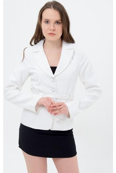 Maldia Beyaz Kadın Ceket