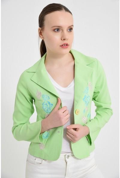 Maldia Fıstık Yeşili Gül Nakışlı Kadın Ceket