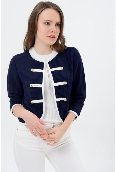 Maldia Beyaz Şeritli Lacivert Kadın Ceket