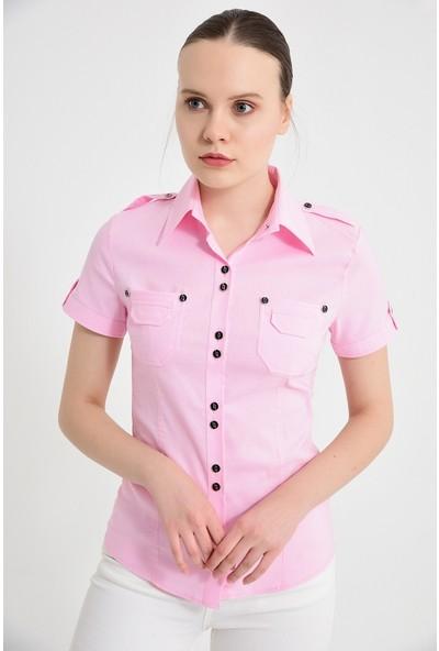 Maldia Beyaz Çift Cepli Pembe Kısa Kol Kadın Gömlek