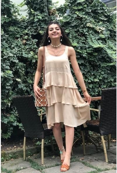 Bade Butik Krem Renk Tril Kısa Kat Kat Krinkıl Elbise