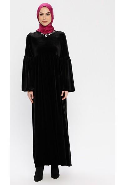 Yakası Taşlı Kadife Elbise - Siyah - Ginezza