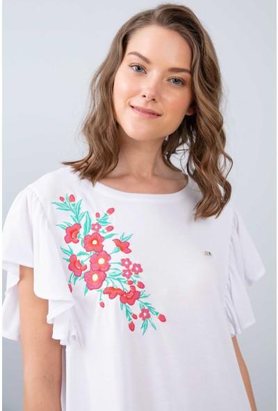 U.S. Polo Assn. Kadın T-Shirt 50202620-Vr013