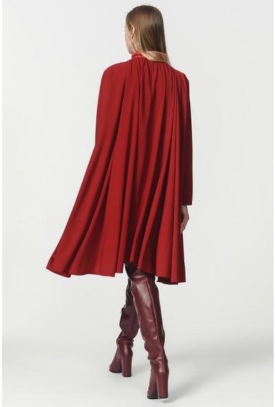 Mizalle Bol Kesim Yaka Detaylı Elbise