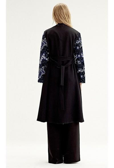 Mizalle Kolu İşlemeli Kimono