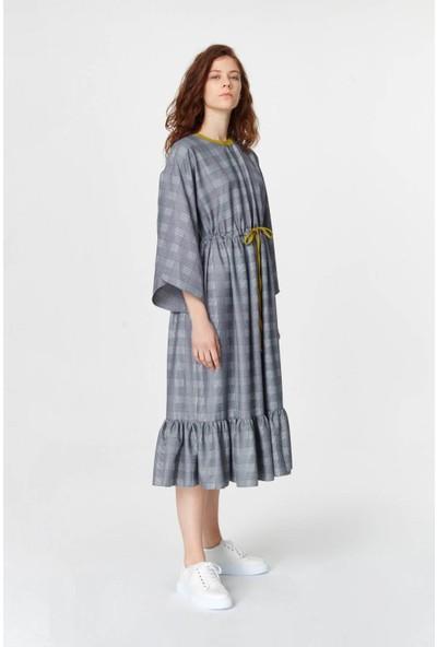 Mizalle Ekose Desenli Uzun Elbise