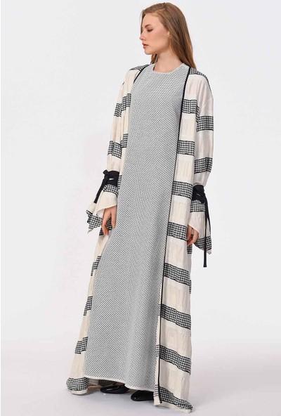 Mizalle Çizgi Detaylı Tasarım Kimono
