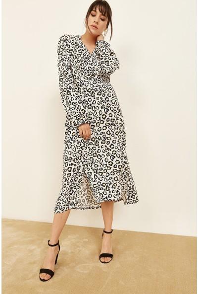 Lafaba Kadın Beyaz Kruvaze Büzgülü Leopar Desenli Elbise
