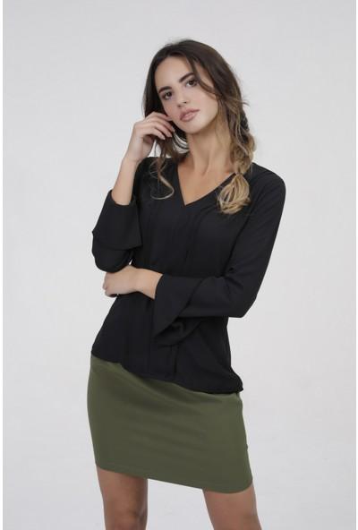 New Laviva Siyah Volan Kol Kadın Bluz