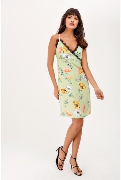 New Laviva Yeşil Askılı Desenli Diz Boyu Kadın Elbise