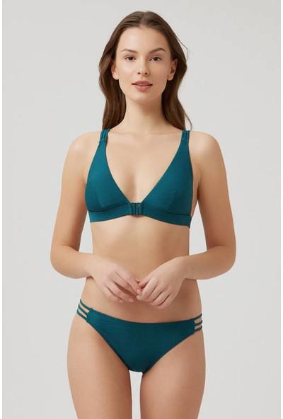 Kom Çapraz Sırt Askılı Üçgen Kesim Yvet Bikini