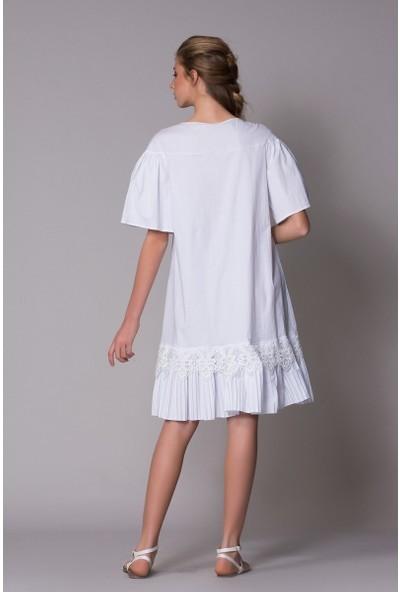 GIZIA Etek Ucu Pileli Güpür Detaylı Elbise