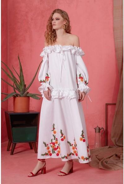 GIZIA Nakış Ve Fırfır Detaylı Beyaz Elbise